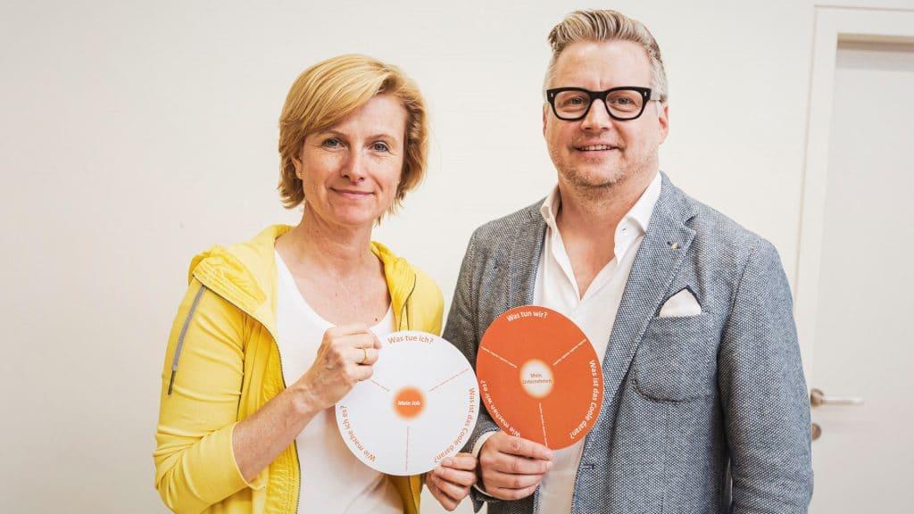 Karin Krobath und Ralf Tometschek Employer Value Proposition Frisbee für Jobbotschafter